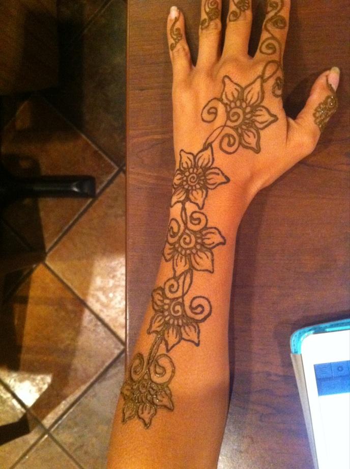 Carnival Henna 3.jpg