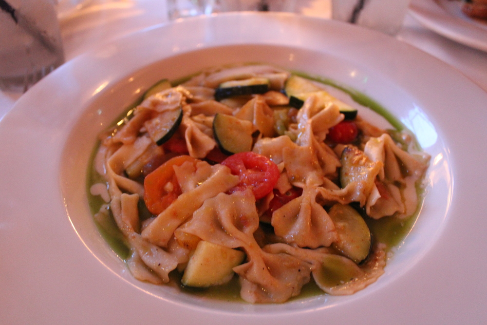 Heirloom tomato farfalle