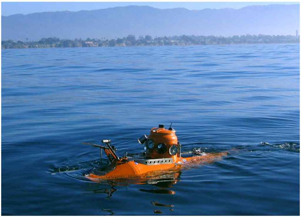 Delta submersible off Carmel, CA 2007
