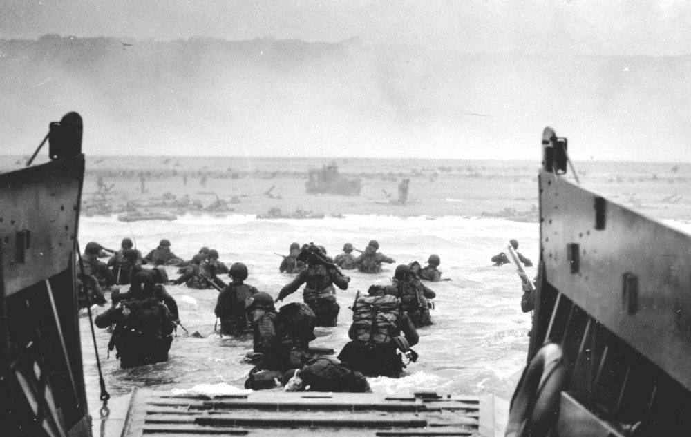 American soldiers go ashore at Normandy on June 6, 1944. Courtesy National Infantry Museum