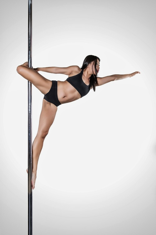 pole dance on pole fitness