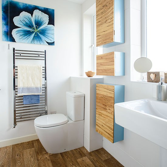 Blue-and-White-Bathroom-Style-At-Home-Housetohome.jpg