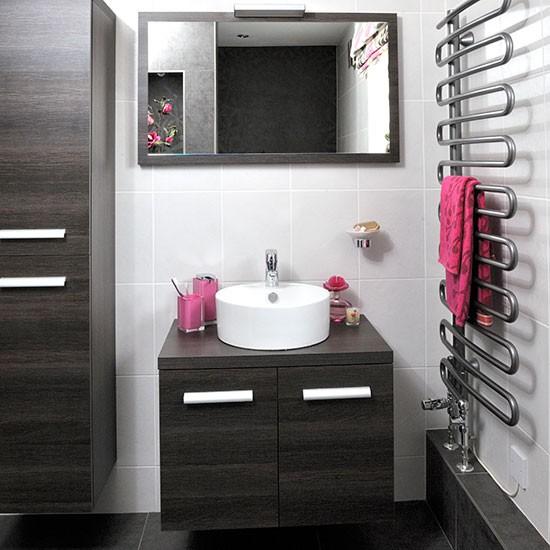 Ebony-Unit-Bathroom-Ideal-Home-Housetohome.jpg
