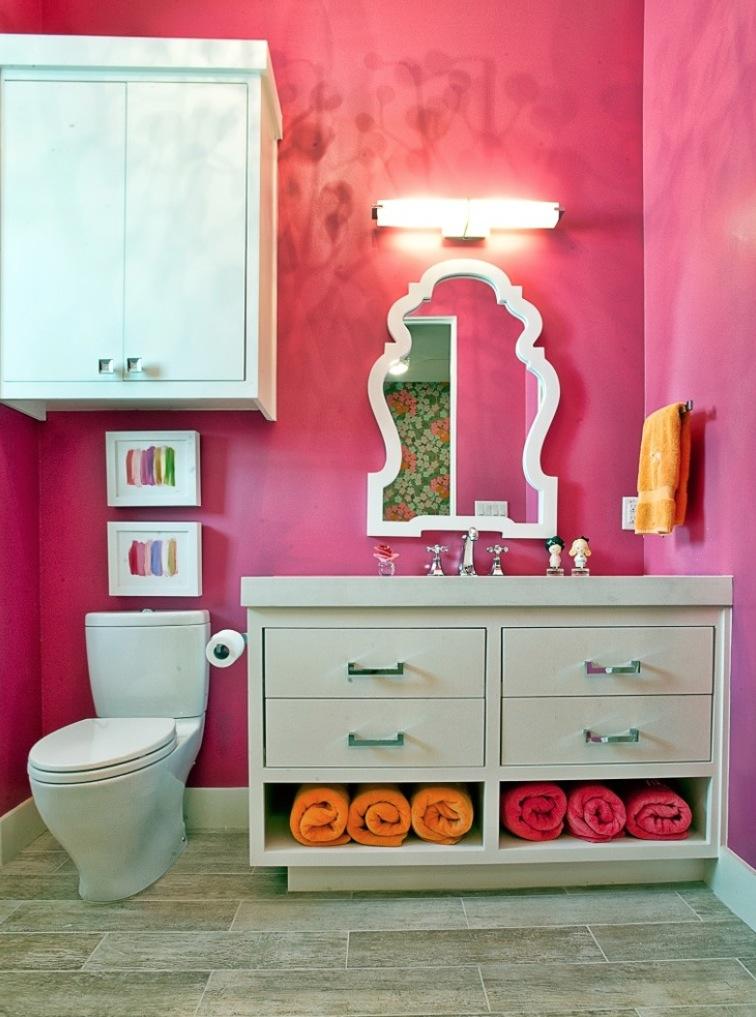 Pink bathroom.jpg