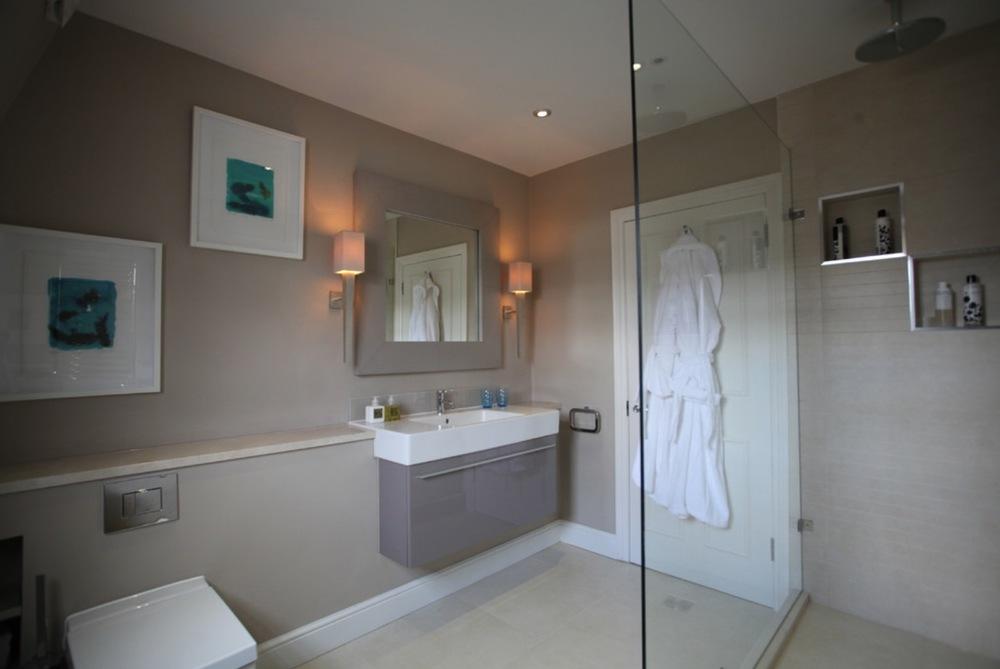 Bathroom shops in Weybridge.jpg