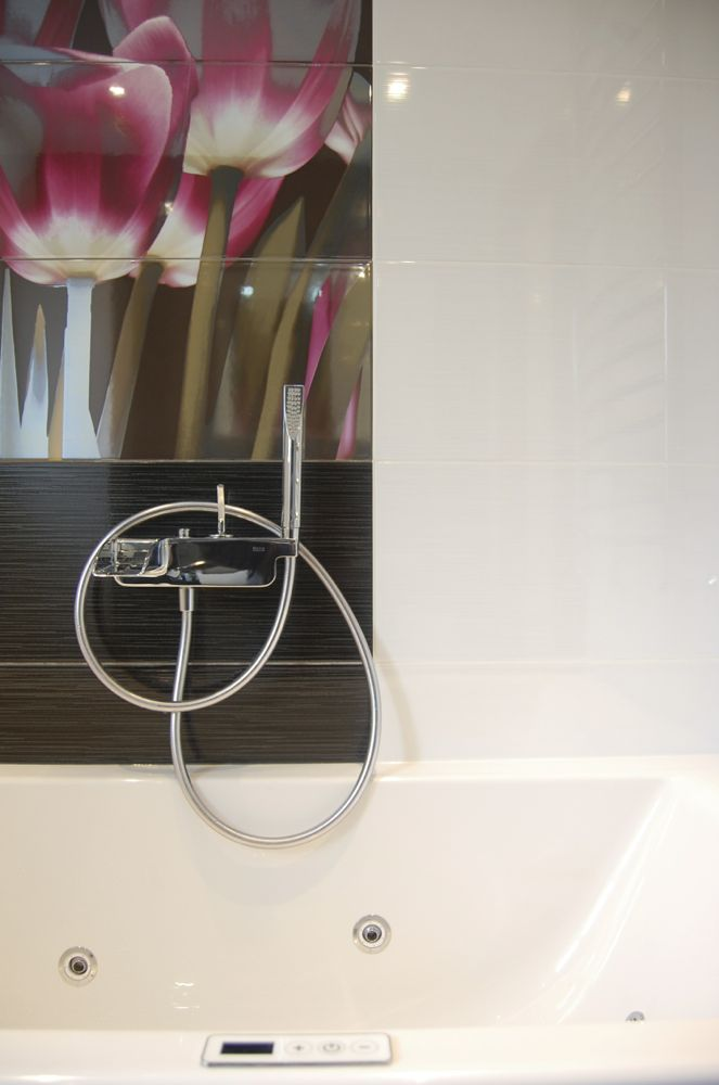 Bathroom design Surrey04.jpg
