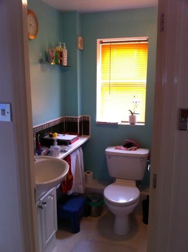 Bathroom design in Berkshire8.jpg