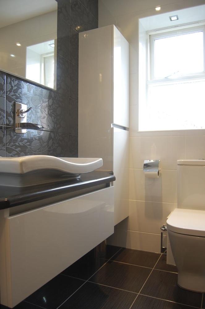 Bathroom design in Berkshire01.jpg