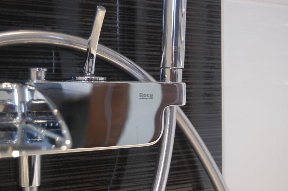 Bathroom design in Berkshire10.jpg