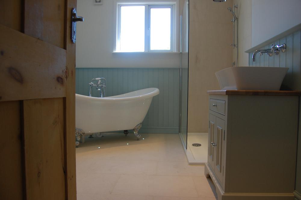 Neptune Bathroom Furniture Chichester installed 11.jpg
