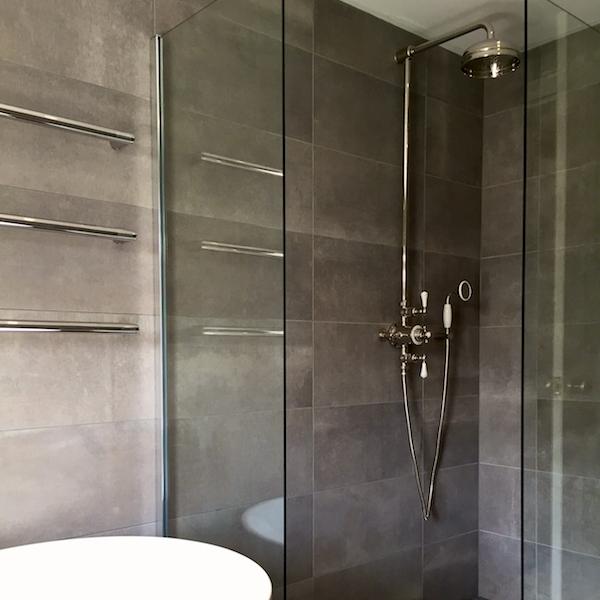 Twickenham bathroom using cement 10.jpg