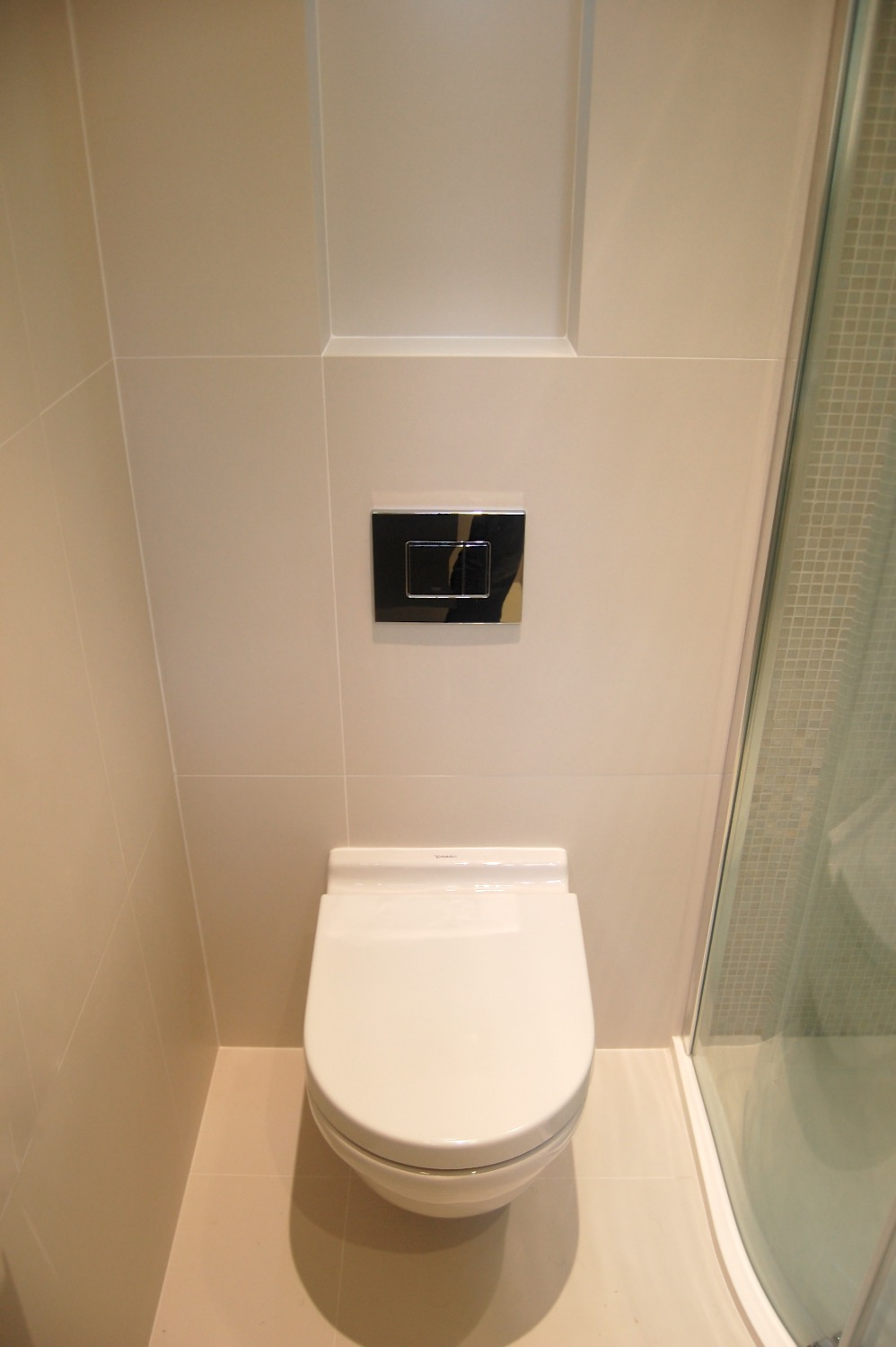 Bathroom recesses and feature lighting14.jpg