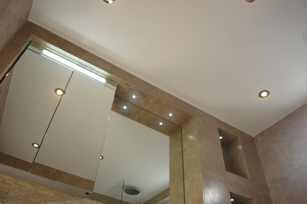Bathroom recesses and feature lighting20.jpg