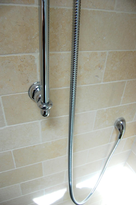 Wet-floor traditional bathroom refurbishment in Twickenham 10.jpg