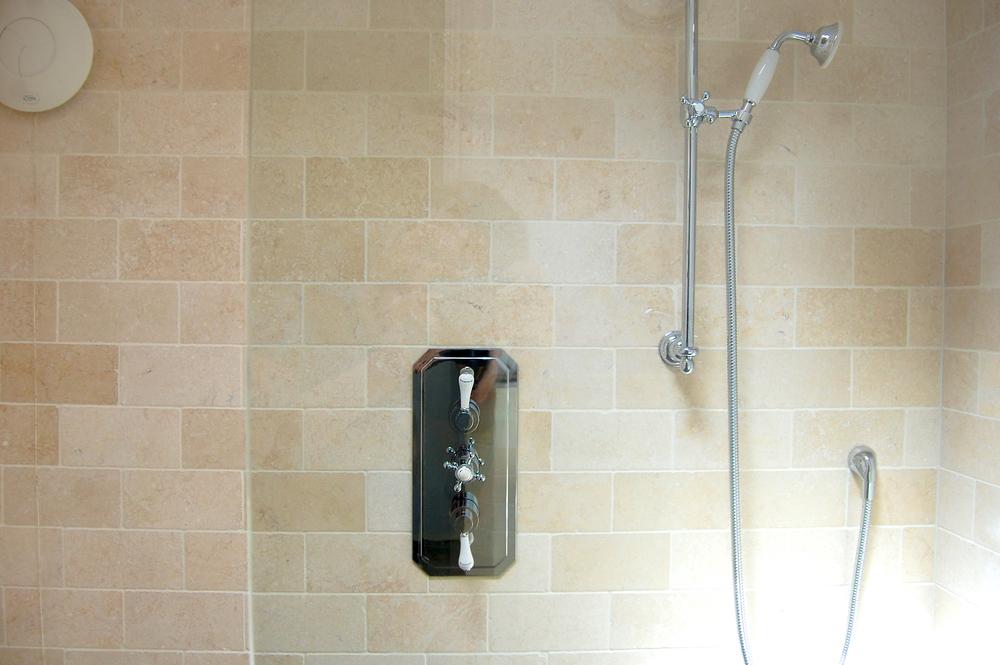 Wet-floor traditional bathroom refurbishment in Twickenham 12.jpg