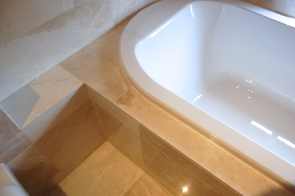 Works particularly well with natural stone