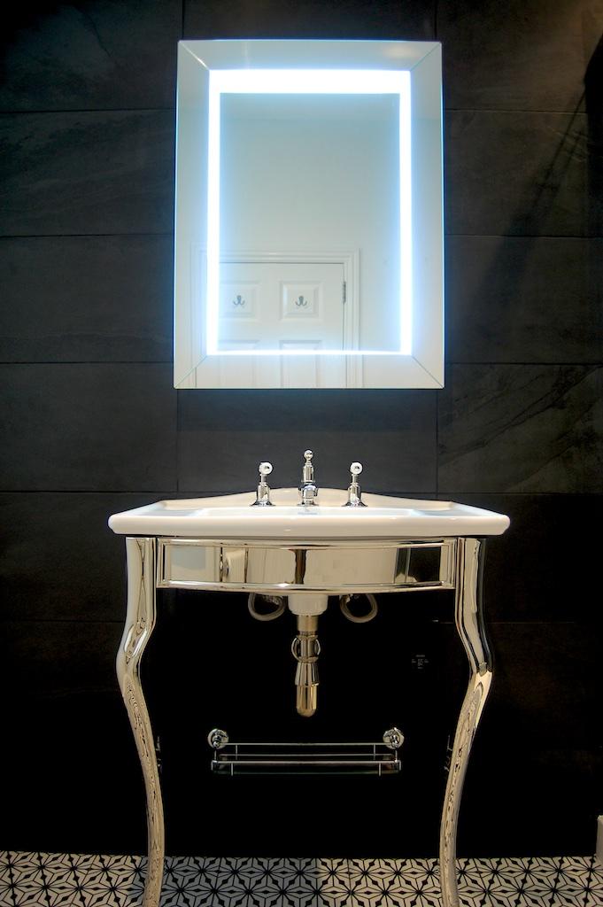 £14,730 - Shower-En-Suite - minimal build/prep - Fired Earth tiles & Nickle brassware