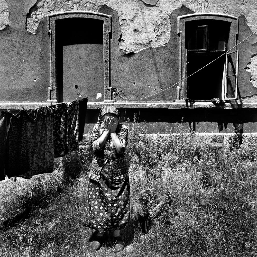 oude vrouw wasgoed.HH.jpg