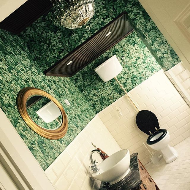 The toilet. #mansion #coleandson #chiavisegrete #metrotiles #studiolillehammer #interiordesign