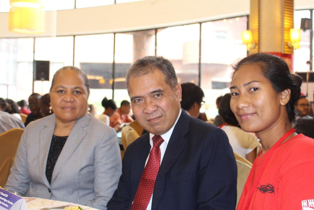Madame Seleta Kapua Taupo, Ambassador Minute Alapati Taupo, and ICDF Scholarship student Ms. Vae Salesa/ 大使夫人陶思靈  、  陶敏德  大使與  獲得國合會獎學金之吐瓦魯學生  Vae Salesa  小姐