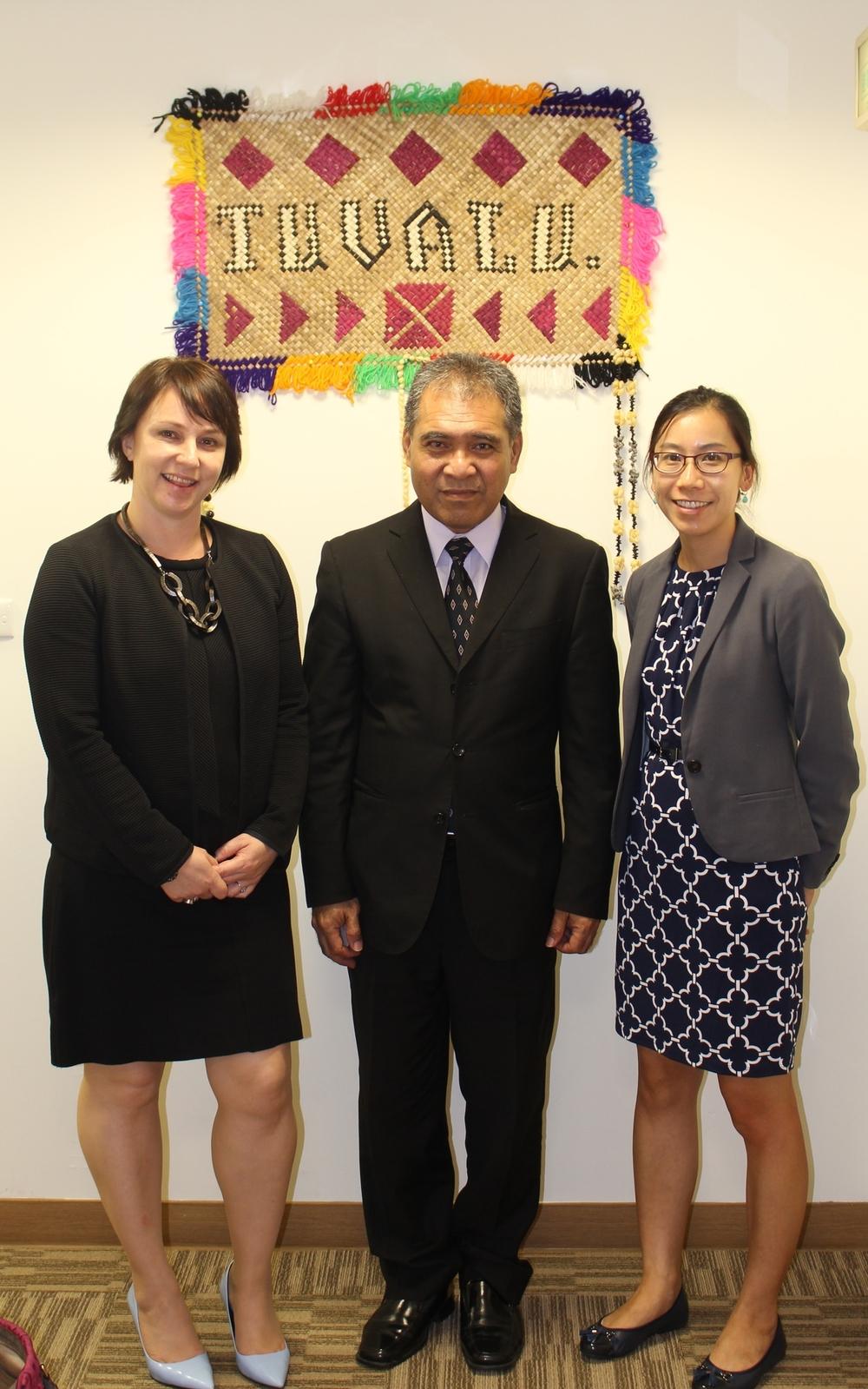 DirectorSi'alei Allegra Van Toor, Ambassador Minute Alapati Taupo, and Deputy Director Serena Chui/范希雷代表、陶敏德大使與徐嘉明 副代表