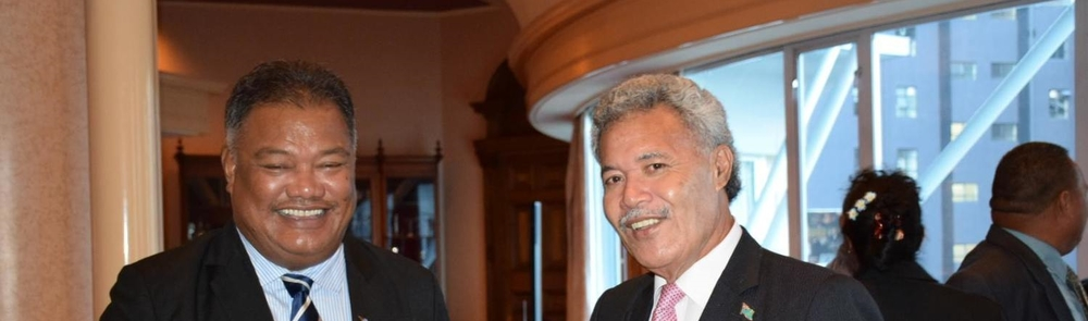 Prime Minister Enele Sosene Sopoaga (Right) and Minister of Foreign Affairs Taukelina Finikaso (Left)/吐瓦魯總理索本嘉(右)與吐瓦魯外交部長費尼卡索(左)