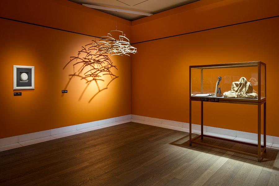 10.  Man Ray  - Menneske // Ligninger  (installation view) , Glyptoteket, 2015. Foto: Anders Sune Berg.kopenhagen.dk/artguide/