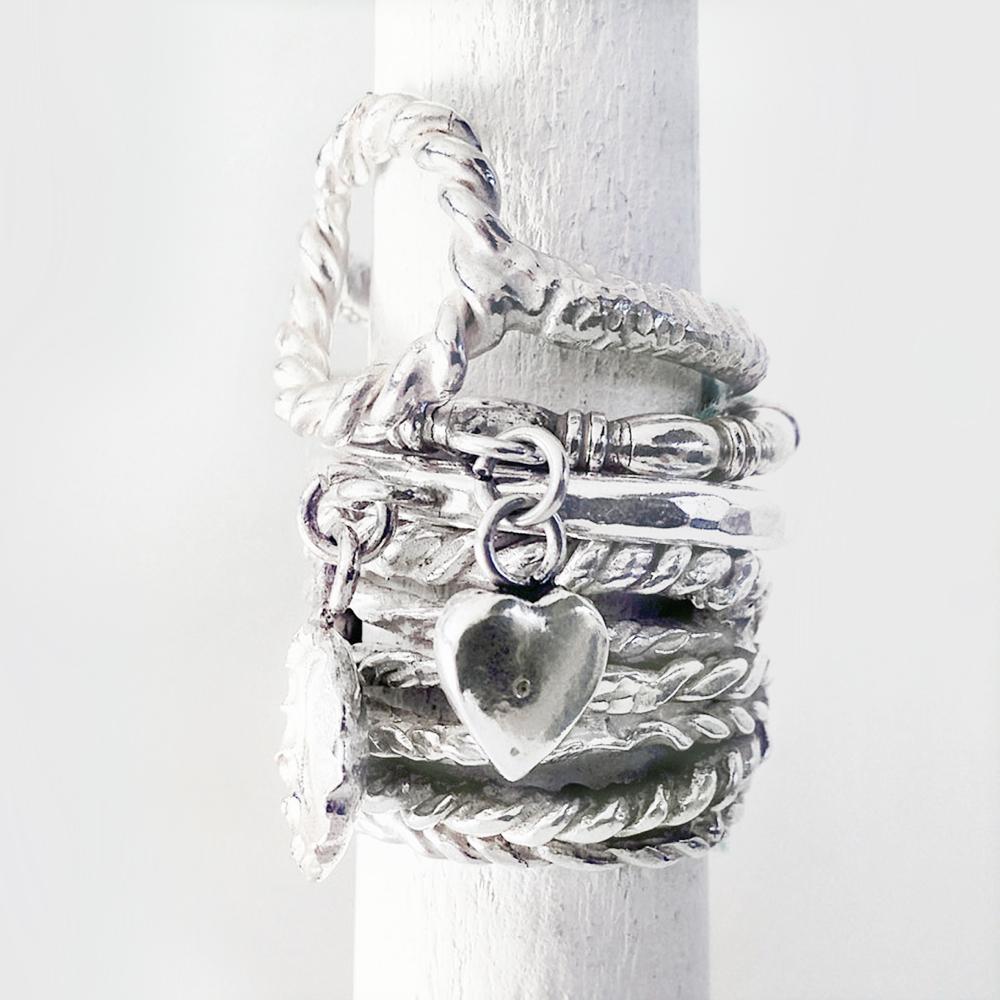 LESDEUX-FW13-Ring-Audrey-450€.jpg