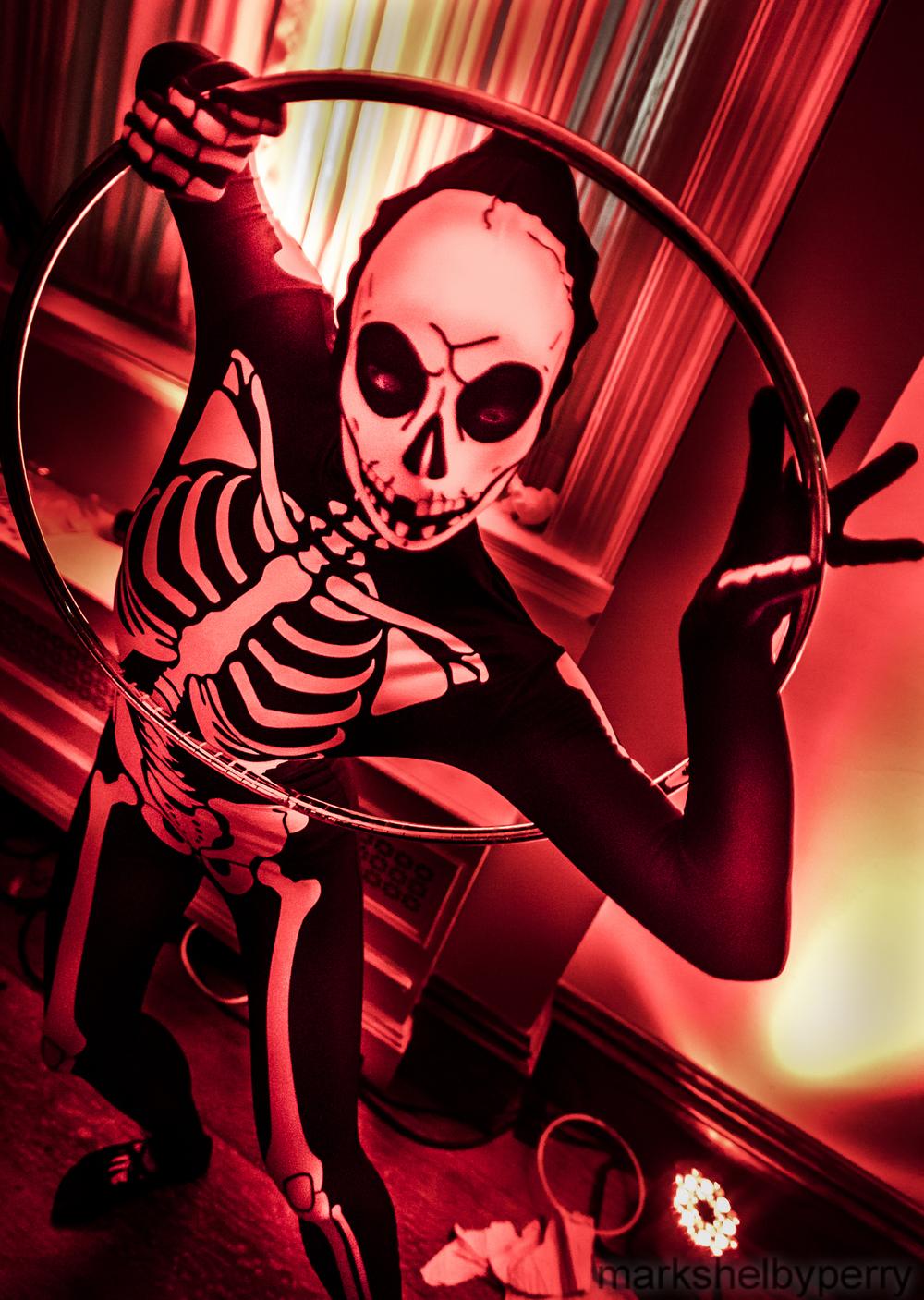 Skeleton Hula Hoopist