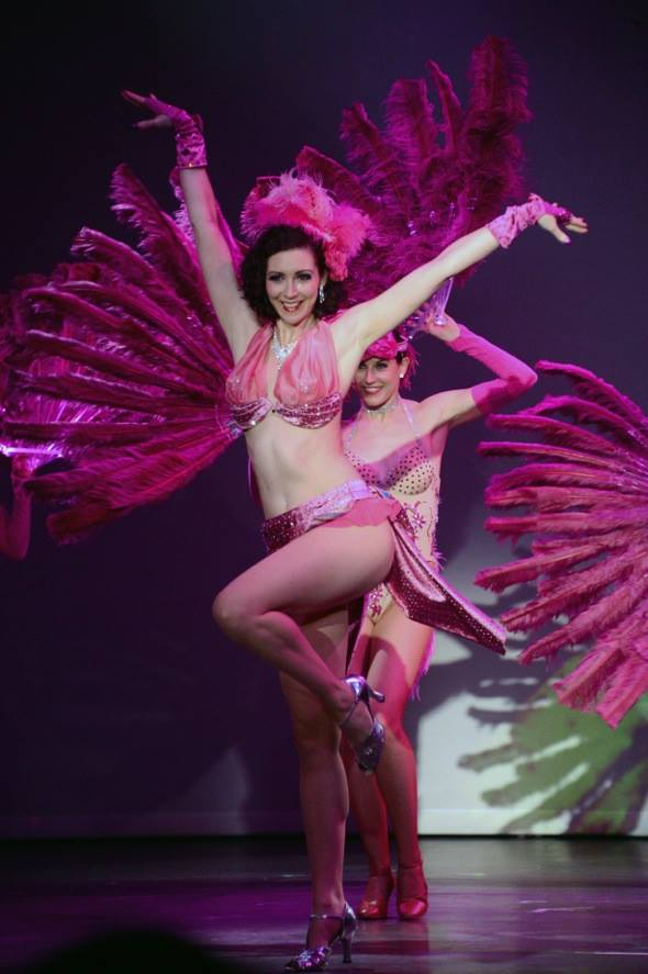 Burlesque Fan Dance Showgirls