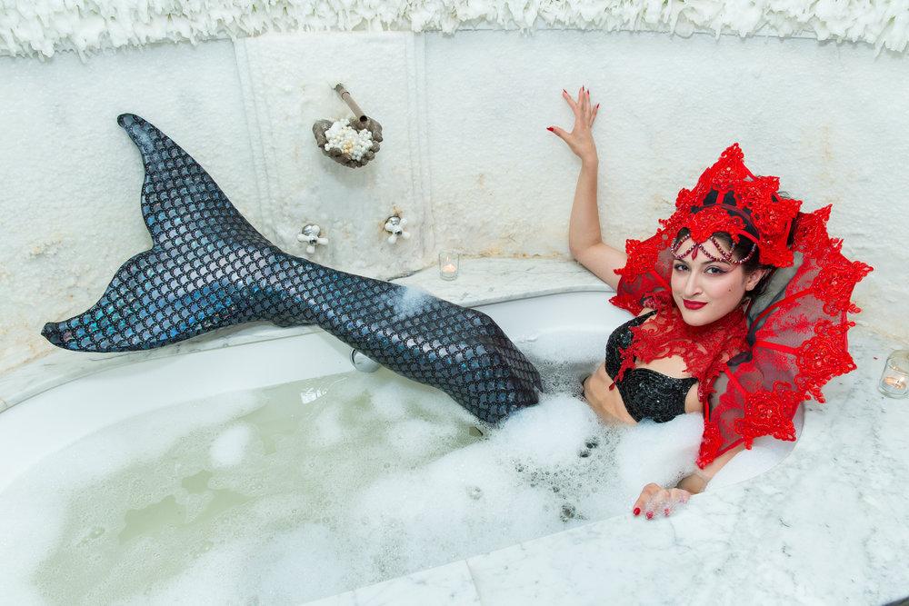 Mermaids love a good bubble bath! / Photo: Eric Vitale