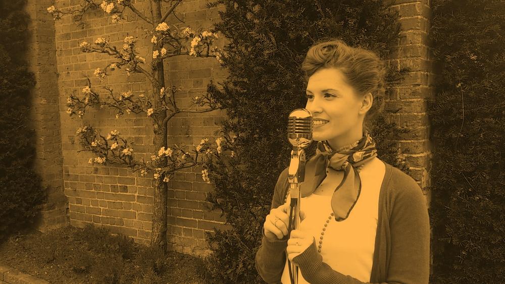 'Vintage Singer'