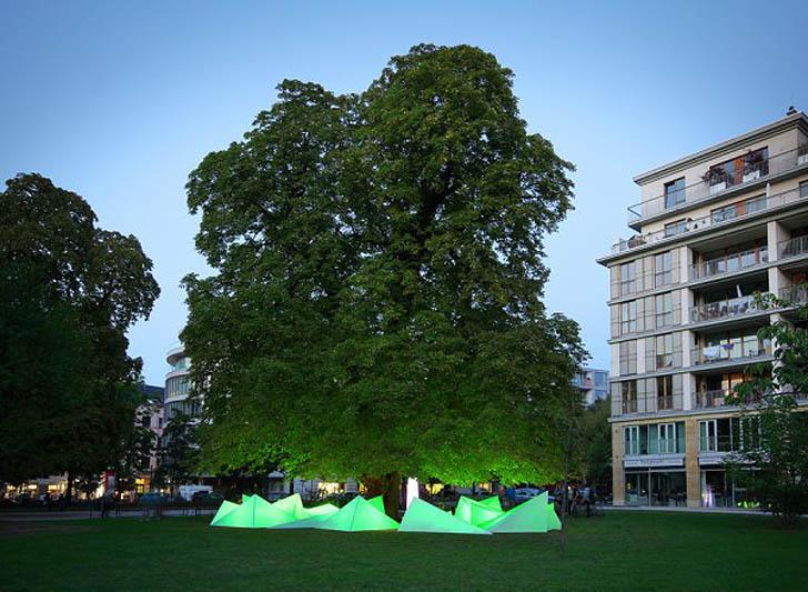 Bund-BBDO-Tree-Concert1.jpg