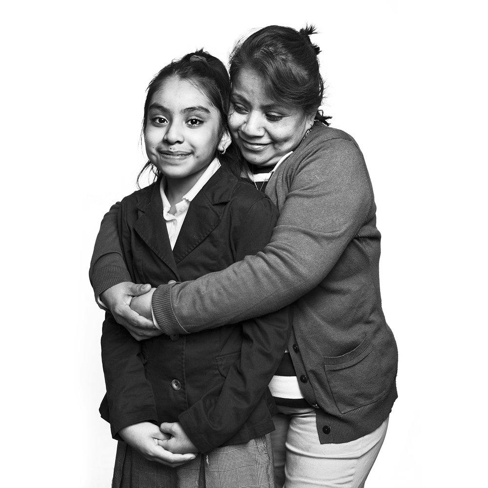 013_Sonia Perez Garcia e hija.jpg