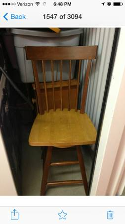 Oak Pedestal Table and Six Chairs $150