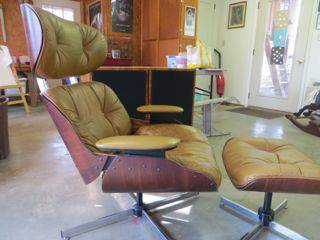 Modern Eames-like Recliner $50  - This is an Eames style recliner, looks like the leather is worn but for $50 seems like a good deal. The Eames recliners that this is made to look like retail for over $1000.