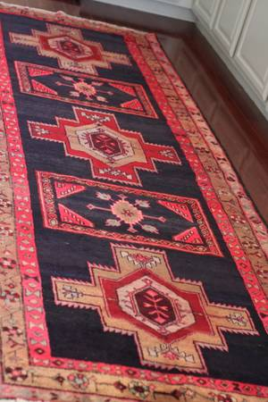 Persian Rug $650 - Although I don't think this is a steal, its a gorgeous rug and would sell for over $1000.