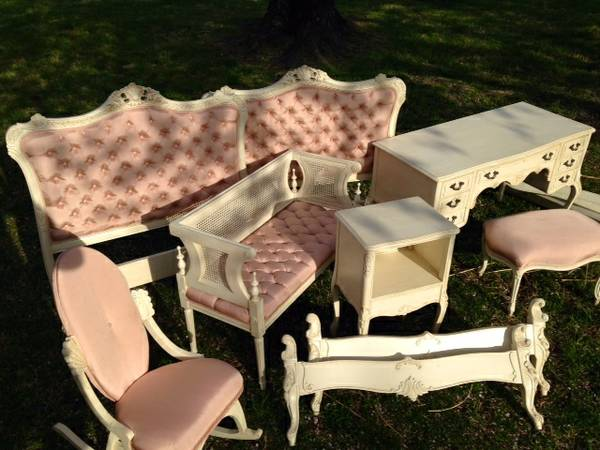 French Provincial Twin Bedroom Set (with 2 beds) make an offer