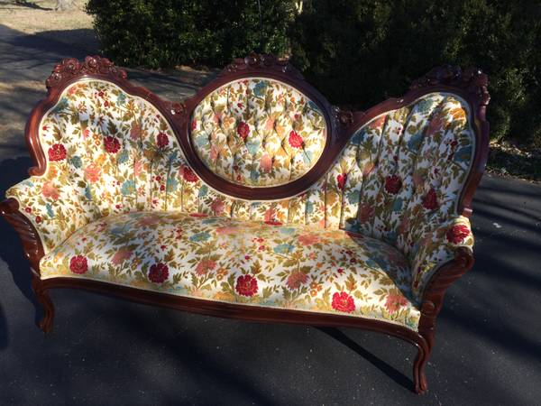 Antique Victorian Sofa $250  - I love the colors in this sofa. I would paint the wood one of the colors in the sofa and it would really update the piece.