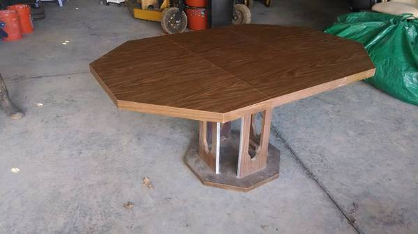 Octagon Table $40  - I think this table would look great painted a high gloss white, it would really give it a modern look and would look great in a kitchen or dining room, or office table.
