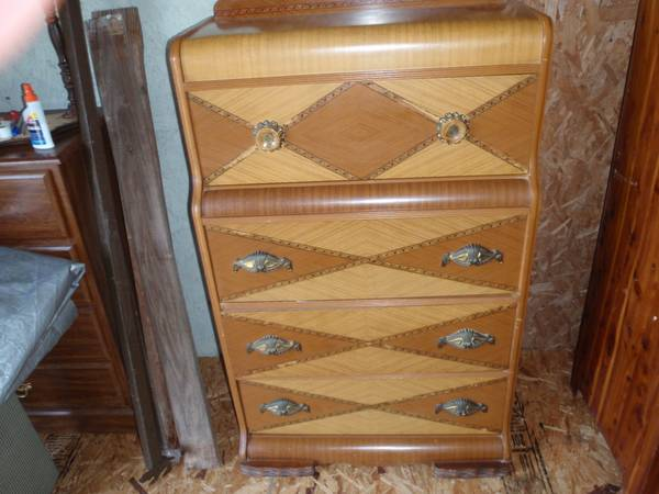 Antique Dresser $75