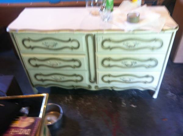 French Provincial Dresser with Nightstand $150  - This is a terrible photo but think this could be a nice piece.