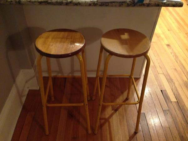 Pair of Barstools $50 - This is a cute pair of barstools. I'd strip off the yellow paint and let the natural grey metal color show through, would give these a great industrial modern look.