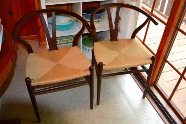 Set of Six Hans Wegner Wishbone Chairs $500
