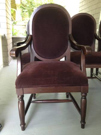 Set of 4 Dining Chairs $125