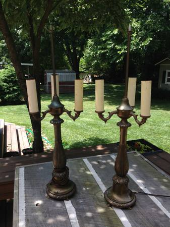 Pair of Vintage Lamps $30