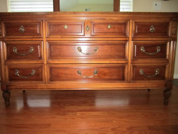 Bedroom Set     $450   This is a nice set that includes a dresser with mirror, a chest of drawers and headboard - would be pretty as is or painted.     View on Craigslist