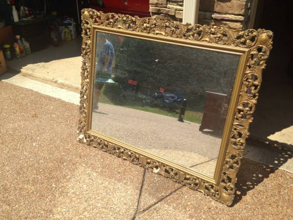 Vintage Mirror     $15     View on Craigslist