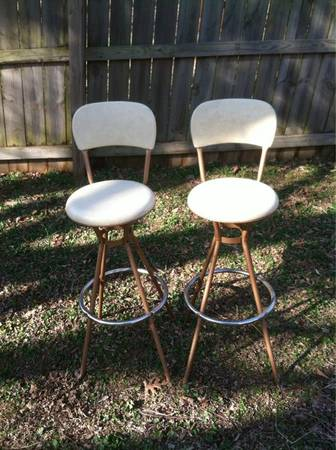 Mid Century Barstools $100 View on Craigslist