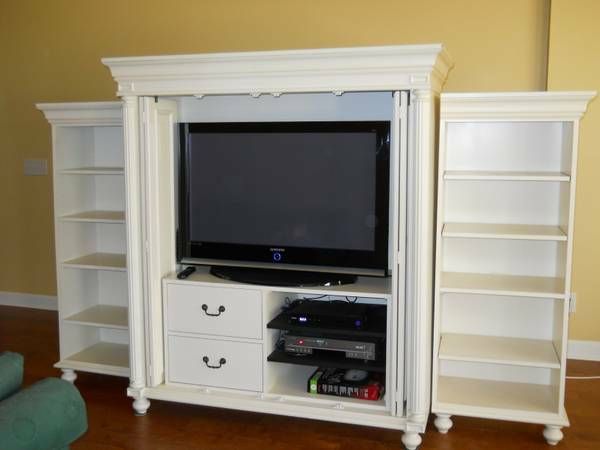 Off White Entertainment Center     $800     View on Craigslist